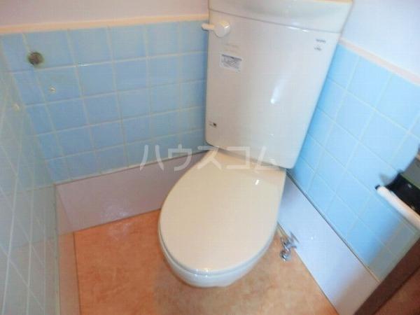 大平マンション 415号室のトイレ