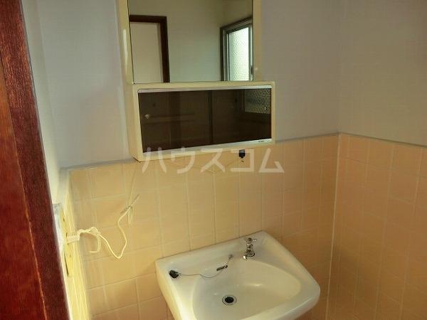 大平マンション 415号室の洗面所