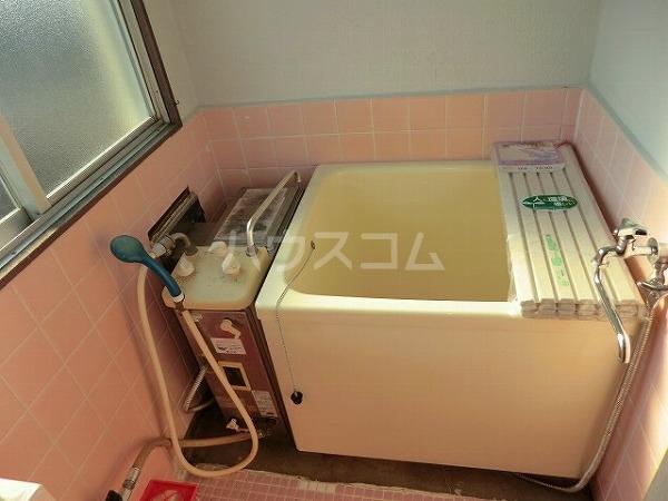 大平マンション 415号室の風呂