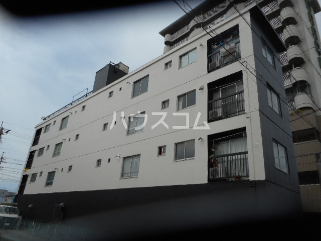 HP黄金ビルの外観