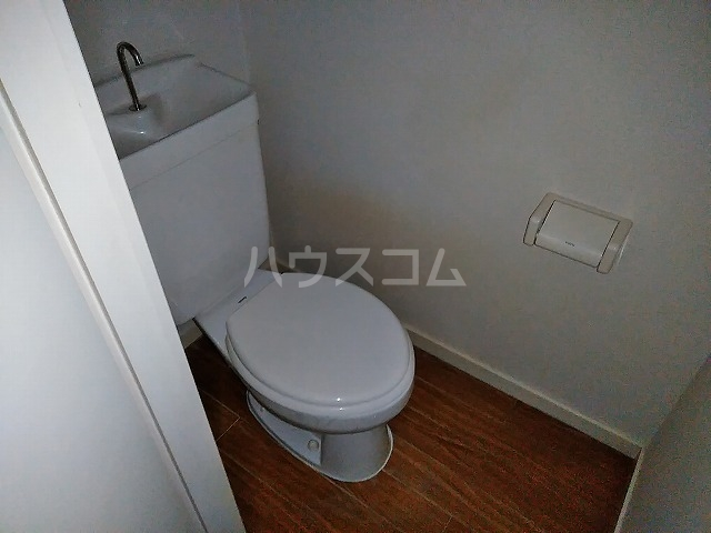 サンウッドグリーン第2 201号室のトイレ