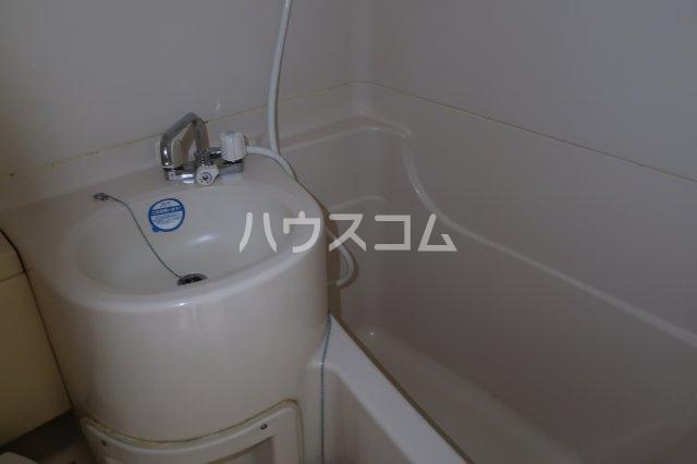 カンテ金山 307号室の風呂