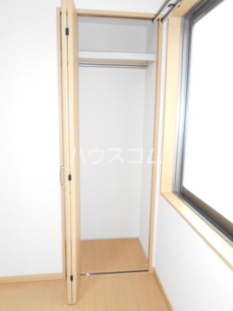 オリーブハウス 202号室の収納