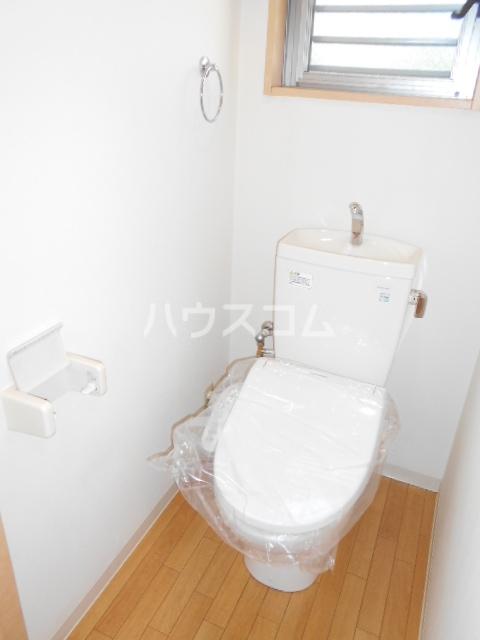 オリーブハウス 202号室のトイレ
