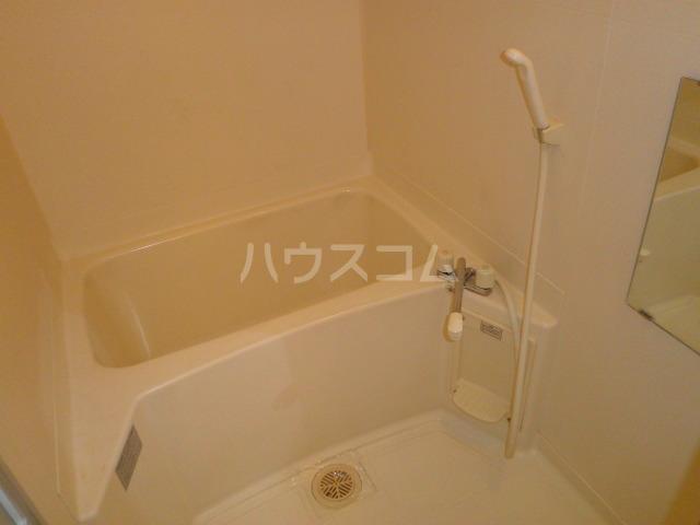 ライフピット八田 2B号室の風呂