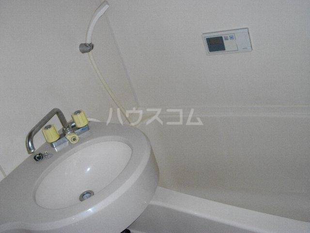 朝日プラザ名古屋ターミナルスクエア 105号室の洗面所