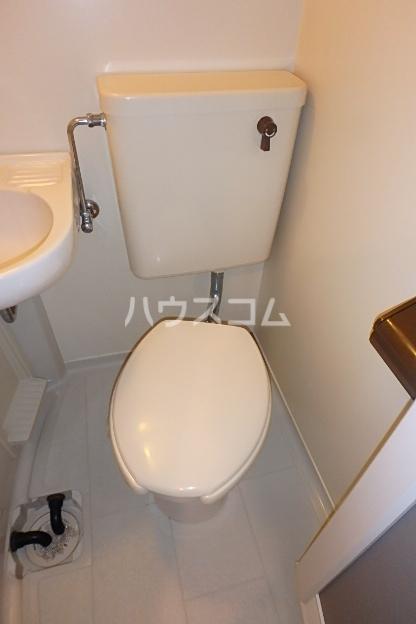 グランディア志賀本通 203号室のトイレ