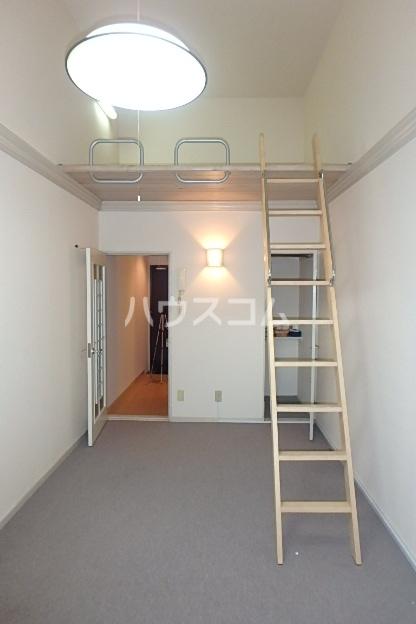 グランディア志賀本通 203号室のベッドルーム