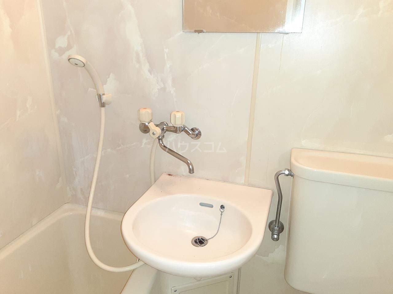プレスイン城下 2A号室のベッドルーム