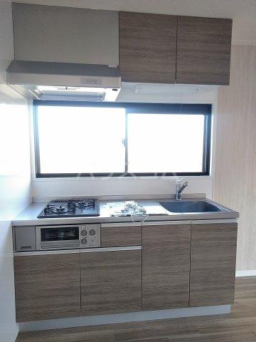 スリーオーハイツ 201号室のキッチン