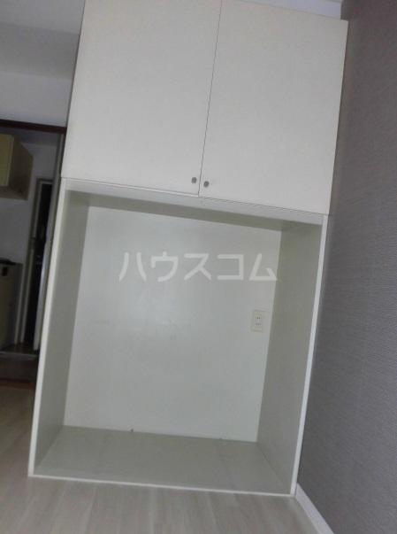 レジデンスキリン 215号室の収納
