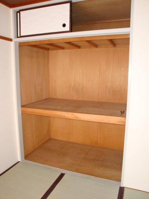 コーポ犬飼 101号室のベッドルーム