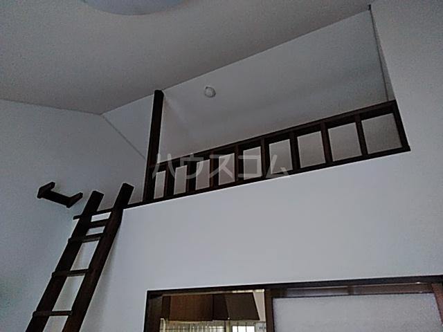 フィオレ 204号室のベッドルーム
