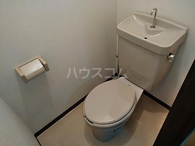 フィオレ 204号室のトイレ