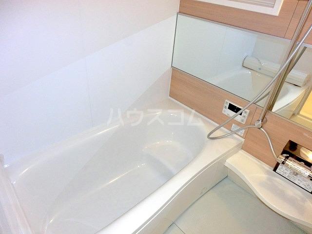 ルミエール 102号室の風呂