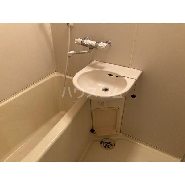 ドミトリー587 203号室の風呂