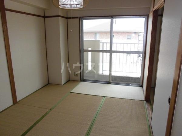 ヴィラ砂島の玄関