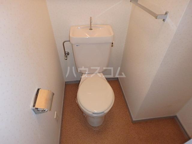 DAIMAN HOUSE 七宝 205号室のトイレ
