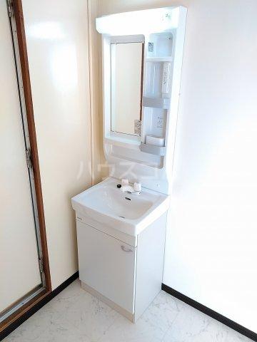 VIP7 210号室の洗面所