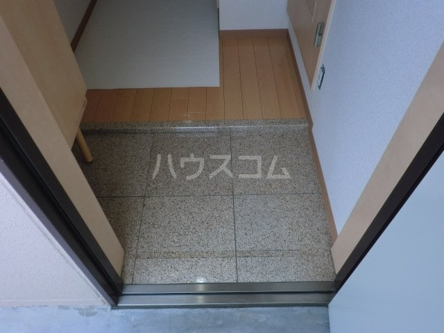 ハピネスTommyⅡ 305号室の玄関