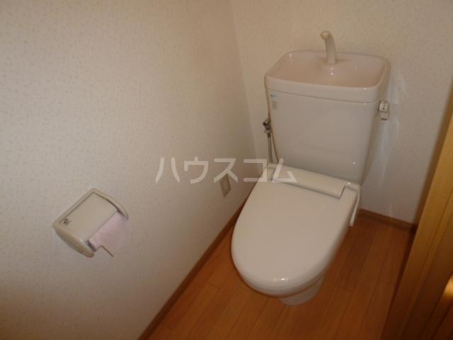 CREST四女子 101号室のトイレ
