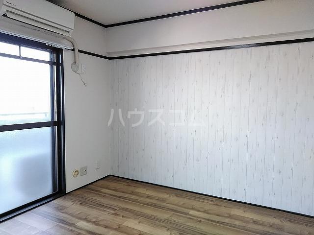サニーハイツKITO 502号室のベッドルーム