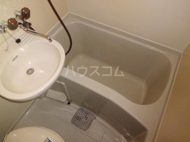 ライブリー平針 101号室の風呂