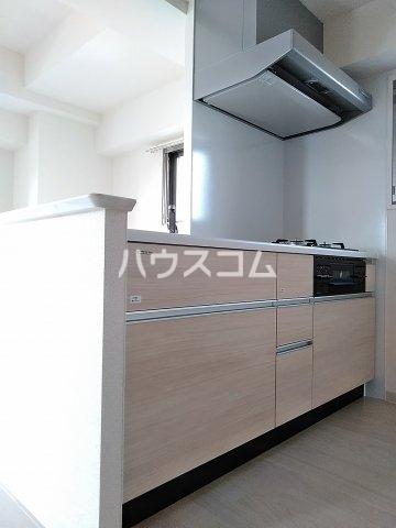 ベルルージュ中村公園 205号室のキッチン