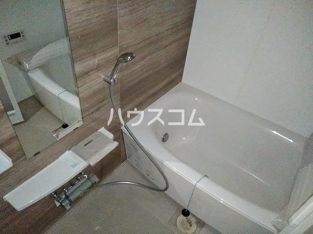 ベルルージュ中村公園 205号室の風呂