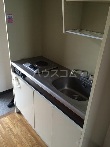 サンシャイン富士パート1 104号室のキッチン