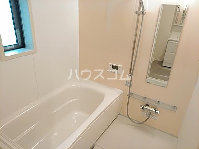 ロジェスティーズ1235の風呂