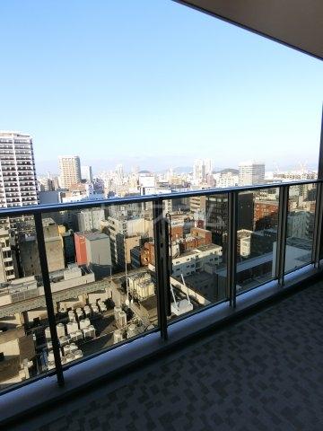 プレミスト天神赤坂タワー 1806号室のバルコニー