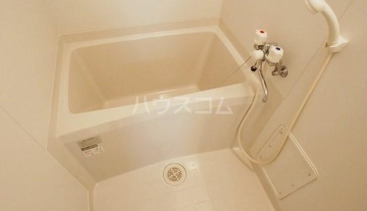 Lea吉塚 101号室の風呂