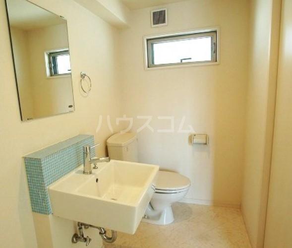 Lea吉塚 101号室の洗面所