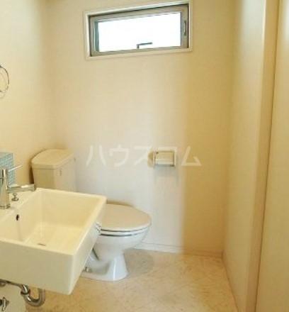 Lea吉塚 101号室のトイレ