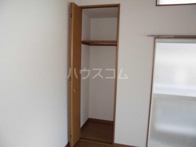 フィオーレ箱崎 201号室の収納