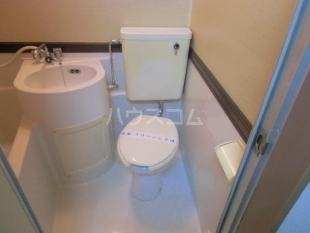 ハイツ石塚掛川A 203号室のトイレ