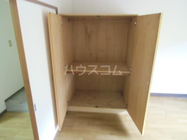 ハイツ石塚掛川A 203号室の居室