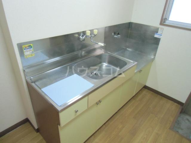 ハイツ石塚掛川A 203号室のキッチン