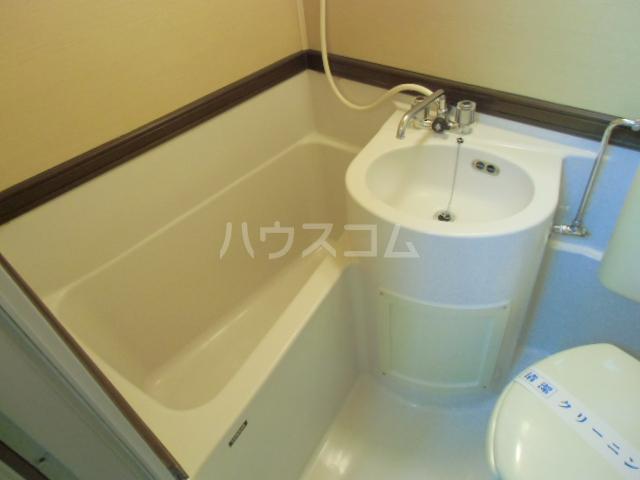 ハイツ石塚掛川A 203号室の風呂