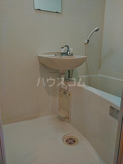 ピュア箱崎八番館 103号室の風呂
