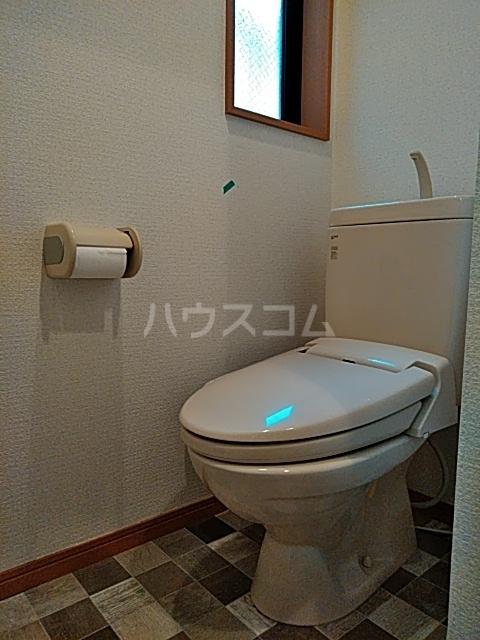 ピュア箱崎八番館 103号室のトイレ