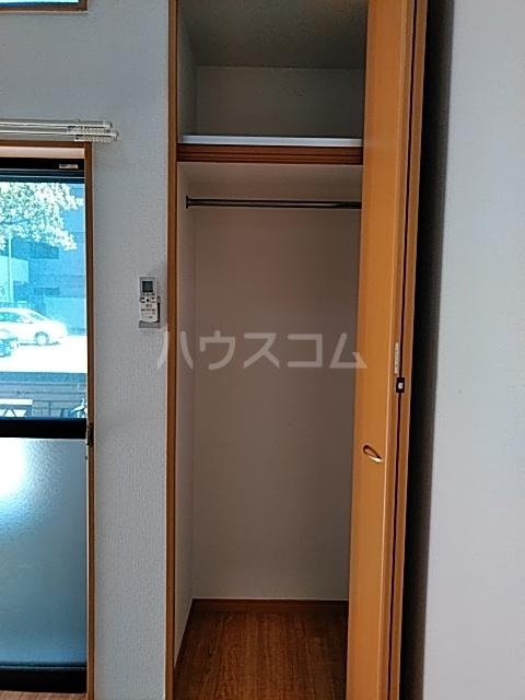 ピュア箱崎八番館 103号室の収納