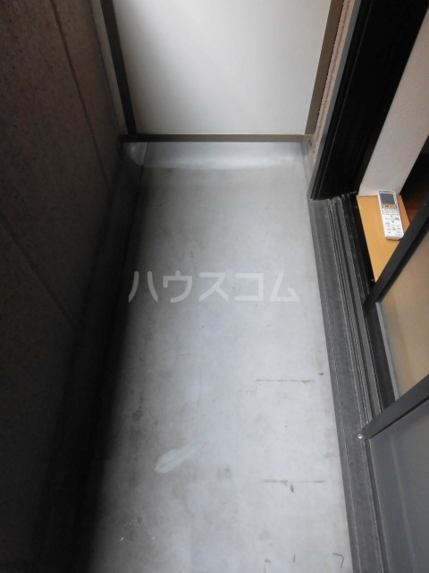ブリリアント田村 202号室のバルコニー