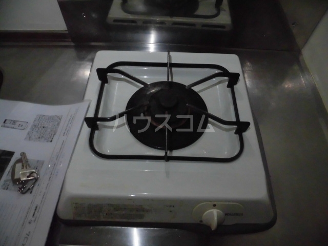 ブリリアント田村 202号室のキッチン