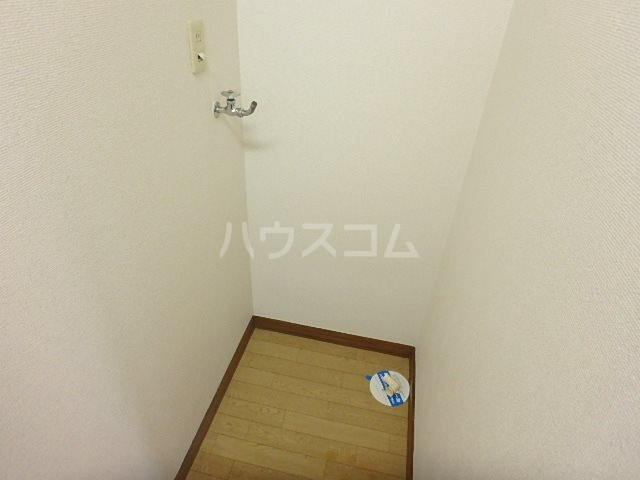 ヴェラハ菊川 103号室の玄関