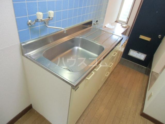 ヴェラハ菊川 105号室のキッチン