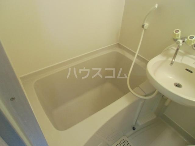 ヴェラハ菊川 105号室の風呂