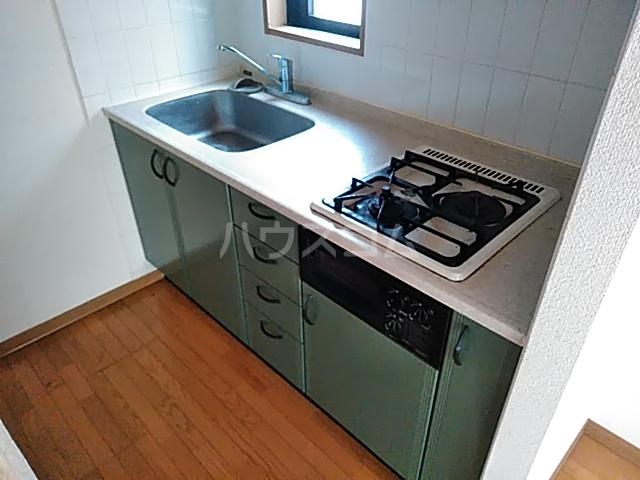 ラ・クレール 101号室のキッチン