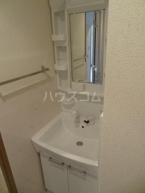 ラ・クレール 101号室の洗面所